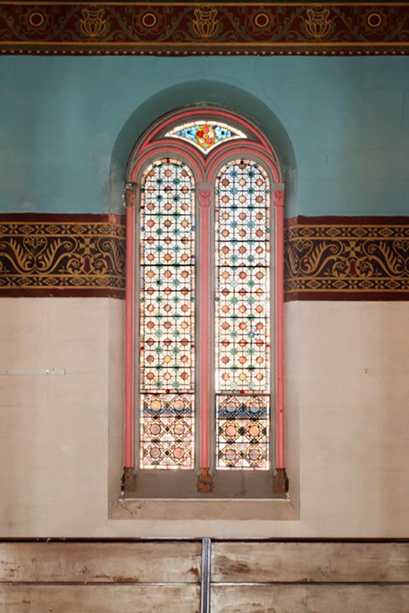 20_Newport-Cong_Gallery-window-1-www
